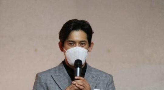 '태백권' 오지호, 충주국제무예액션영화제 배우상 수상