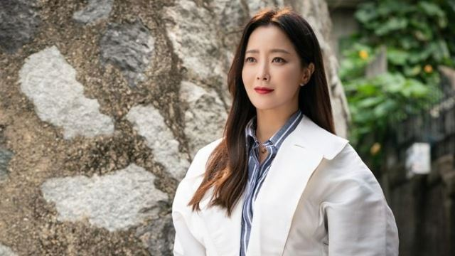 """'앨리스' 김희선 """"1년간 함께 한 작품…서운하고 섭섭해"""" 종영 소감"""