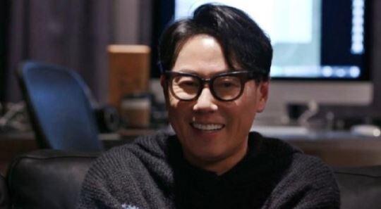 '집사부일체' 윤종신 1년 만에 방송 복귀…이승기와 특급 콜라보