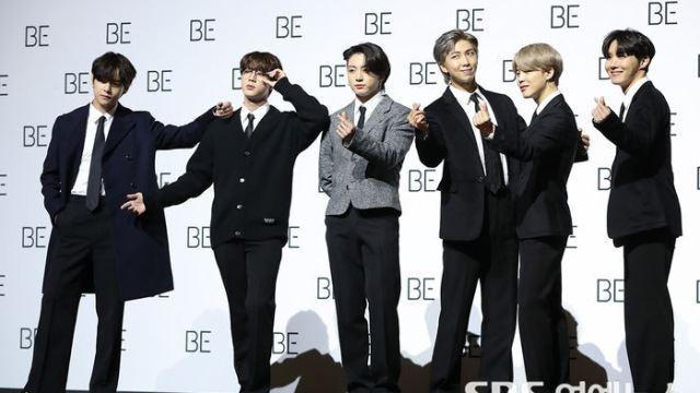 [E포토] 방탄소년단, '월드클래스 아이돌의 포토타임'